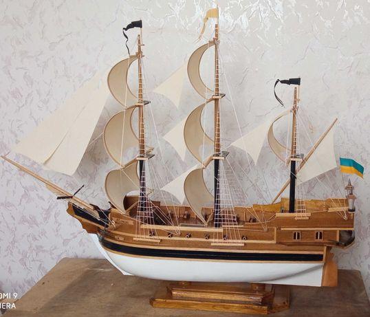 Продам Корабель сувенірний