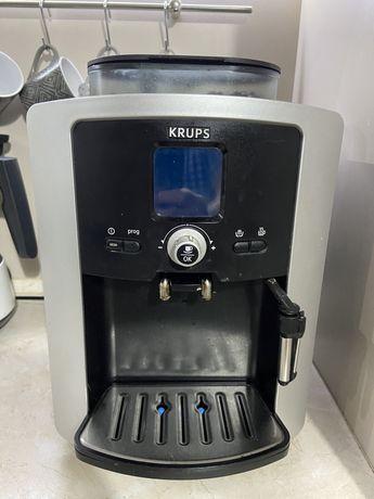 Ekspres expres ciśnieniowy do kawy krups XP7220