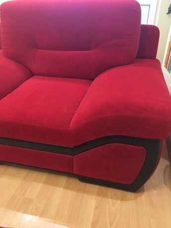 Продам мягкую Мебель ( диван кровать + кресло ) б/у