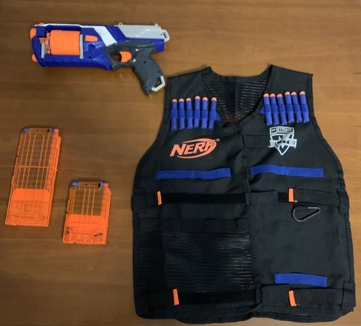Colete Nerf+ 36 balas + nerf strongarm