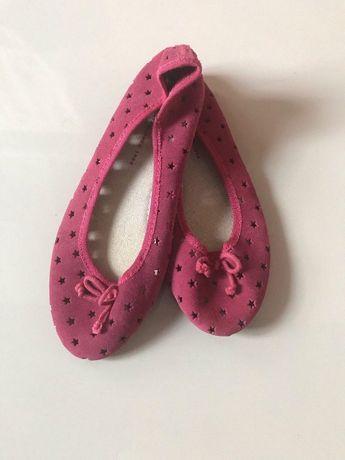 Продам балетки GAP 33 размер для девочки