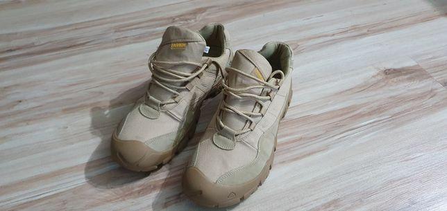 Buty trekingowe długość wkładki 28,5 cm