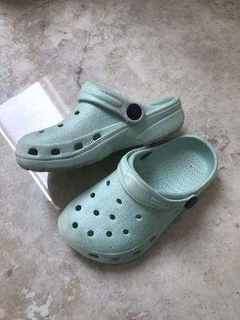 Buty typu crocs rozmiar 27