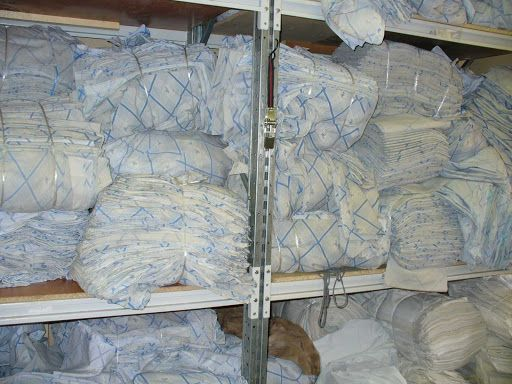 Продам на ветошь постельное белье и и полотенца ,4 тонны,( секонд хенд