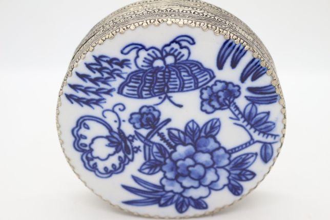 Caixa em Porcelana e Prata Chinesa Azul e Branco Espelho Borboleta XIX