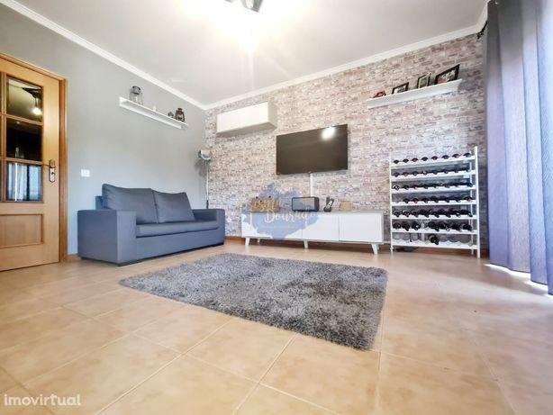 Exclusivo: Apartamento T2 em S. Martinho da Gandara em O. Azemeis
