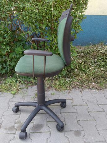 Krzesło obrotowe młodzieżowe dla dziecka