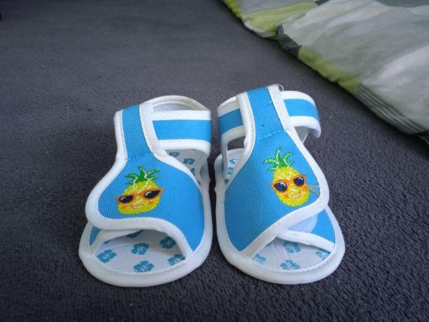 Niechodki buty buciki sandałki