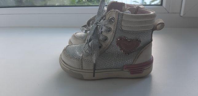 Ботинки 22 кроссовки демисезонные