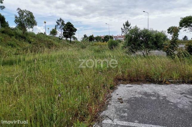 Terreno Urbano   12 Fogos   Centralidade   Rentabilidade   Projeto