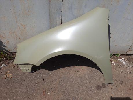 Крыло VW Golf 5 левое (FPS FP 7402311).