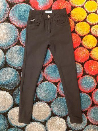 Стрейчевые черные джинсы на девочку Grace р.128-134 см.