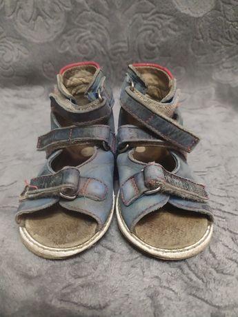 Антиварусные сандалии