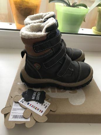 Зимние кожанные ботинки, сапожки 23 размер