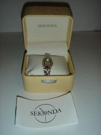 Продам женские часы SEKONDA L80234.