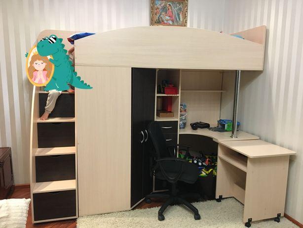 Кровать чердак ( кровать, шкаф, робоче место)