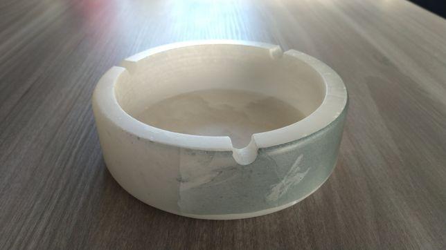 Nowa popielnica popielniczka z Alabastru ręcznie wykonana z Hiszpanii