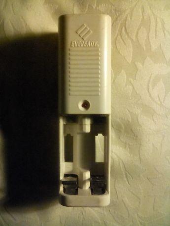 Зарядное Устройство для батареек и аккумуляторов