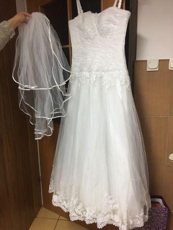 Suknia Ślubna rozmiar.38 z Welonem