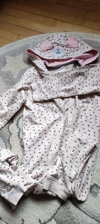 Piżama, pajac, 122