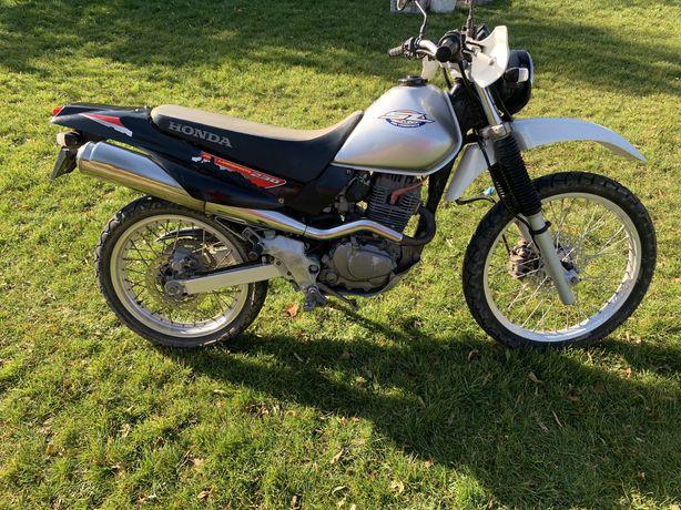 Продам honda SL 230