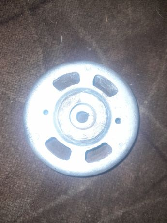 Продам магнит генератора на хонду дио такт,27,28,леад