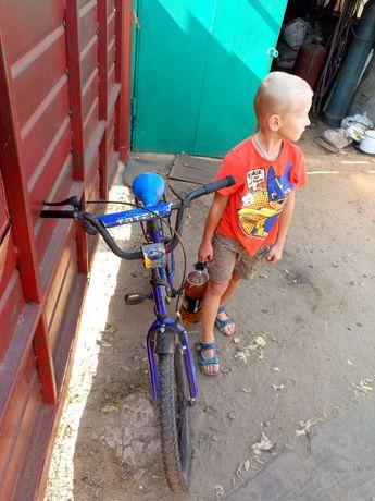 продам велосипед подростковый 22 колёса очень (срочно)