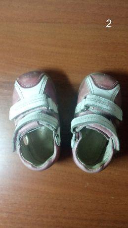 Обувь весна-лето на девочку! Состояние отличное!