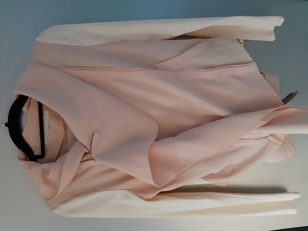 Garnitur damski marynarka oraz spodnie pudrowy brzoskwiniowy M