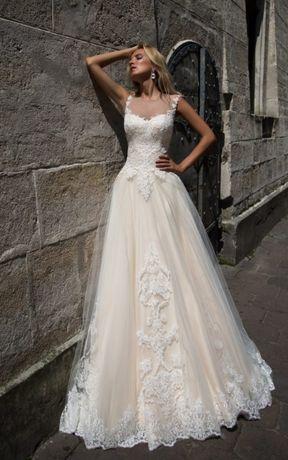 Przepiekna suknia ślubna - Oksana Mukha - VERONICA