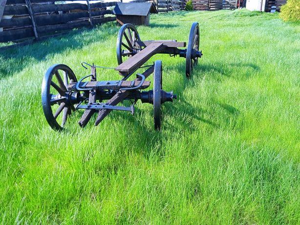Żelazny wóz konny