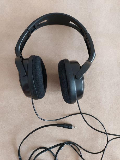 Słuchawki nauszne marki PHILIPS