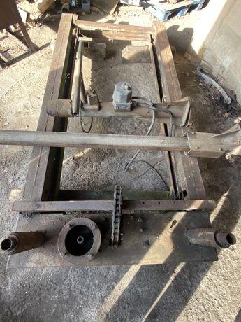 Podnośnik nożycowy hydrauliczny do odnowienia i złożenia