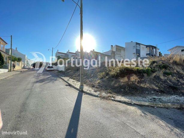 Excelente terreno urbano de 368m2, Charneca de Caparica