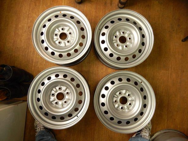 Диски 5 114,3 R16 Toyota Avensis Prius Plus, Verso ET 39 оригинал