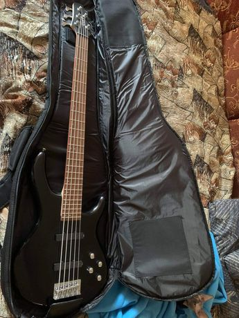 Продам бас гитару 5 струн Cort Action V Plus