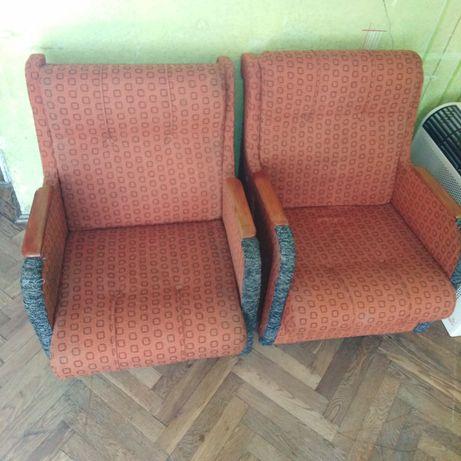 Два крісла мягкіх б/у