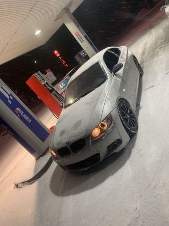 """Aluflegi z oponami BMW 17"""" 5x120"""