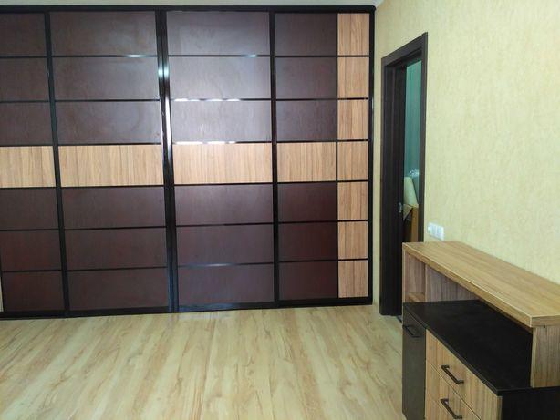 Сборка мебели , кухни и шкафы любой сложности .