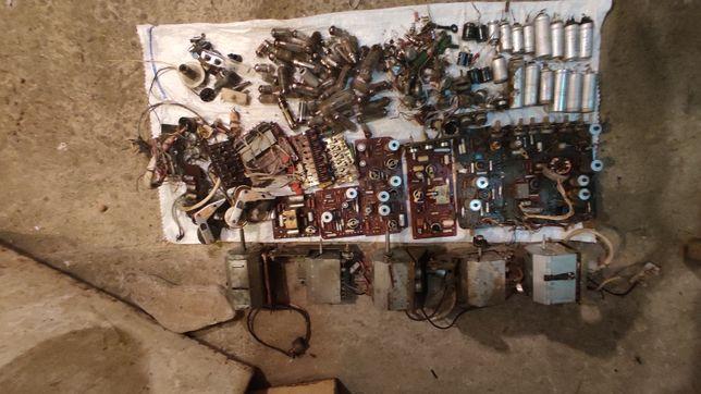 Продам радіодеталі СССР.Продається все разом.Конденсатори,транзистори.