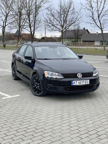 Volkswagen Jetta Base 2011