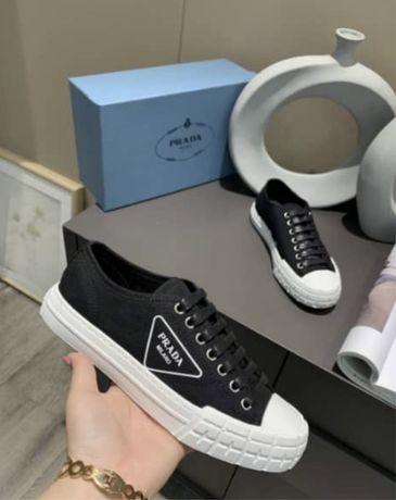 Prada tenisowki trampki buty 37 odcręki czarno - białe rozne kolory