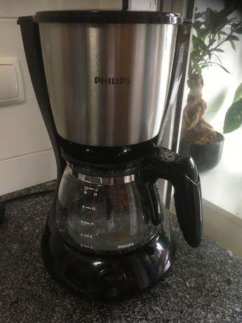 Máquina de Café Filtro PHILIPS HD7462/20 (15 Chávenas)