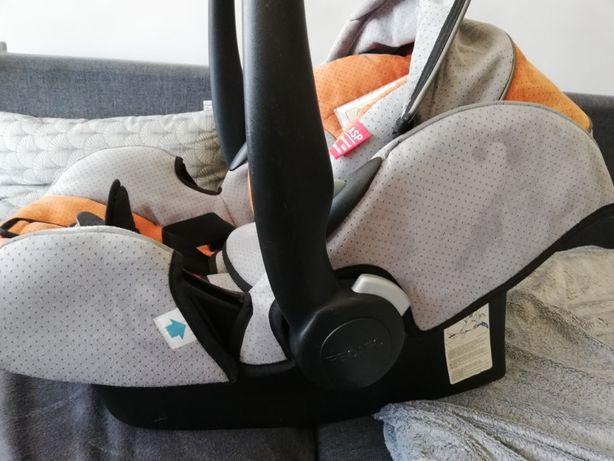 Fotelik - nosidełko samochodowy