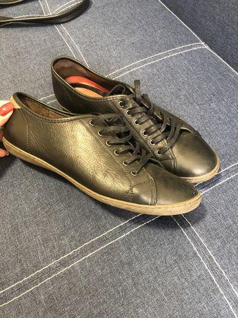 Кожаные туфли,кеды,кроссовки tbs на шнурках