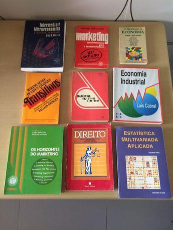 Livros de Marketing, economia e direito