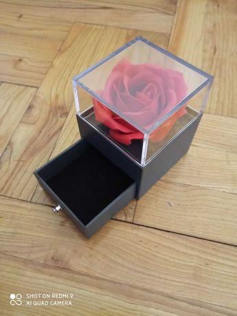 Szkatułka na biżuterię, opakowanie prezent na róże okazje gratis