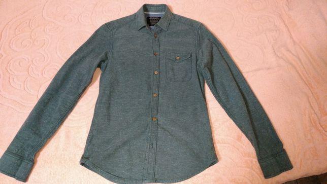 Рубашка зеленая