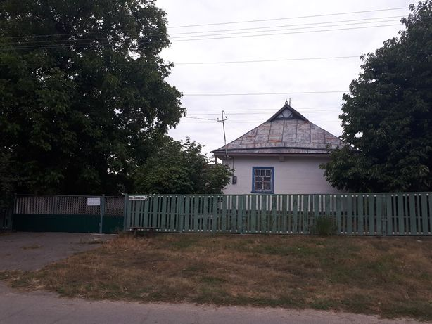 Продам дом в селе Пиковец