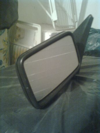 Vende-se espelho retrovisor de VW Golf 3